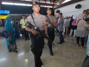 Thế giới - Lo khủng bố, châu Á siết chặt an ninh đêm giao thừa