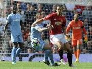 MU - Stoke City: Siêu phẩm và sai lầm