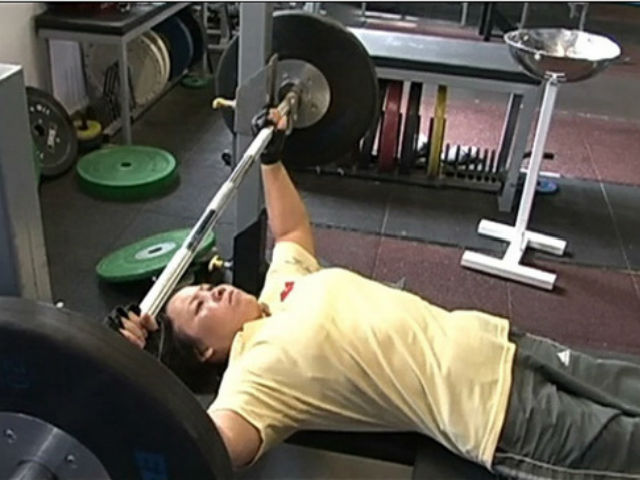 VĐV 4 lần dự Paralympic chỉ nhận lương 500 nghìn đồng/tháng