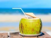 Sức khỏe đời sống - Vì sao khi đi nắng chớ nên uống nước dừa giải nhiệt?