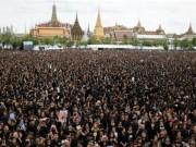 Thế giới - Đám đông khổng lồ hát hoàng ca tưởng nhớ vua Thái Lan