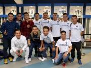 Nhà vô địch FC Thành Đồng  đột nhập  phòng thay đồ Real Madrid