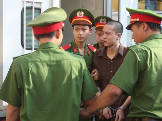 Ngày 17/11, tiêm thuốc độc Nguyễn Hải Dương- hung thủ giết 6 người ở Bình Phước - 3