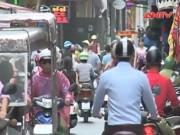 Giao thông bát nháo tại phố cổ Hà Nội