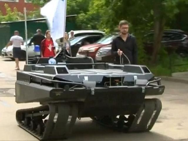 Nga ra mắt quân phục chiến binh như phim viễn tưởng - 1