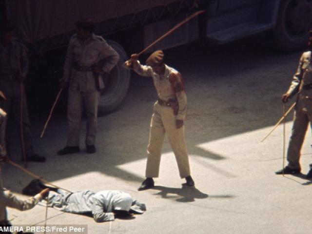 Video hoàng tử Ả Rập Saudi đánh người khiến vua giận dữ - 3