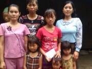 Chỉ trong 10 ngày, 7 chị em bất ngờ mất cả cha lẫn mẹ