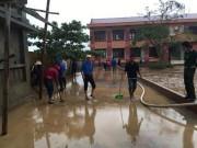 Giáo dục - du học - Học sinh vùng lũ Quảng Bình được hỗ trợ 5 năm học phí