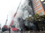 Sau vụ cháy 13 người chết, HN lập đoàn kiểm tra quán karaoke