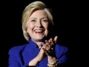 """Tờ báo  """" hố nặng """"  vì đưa tin nhầm Clinton chiến thắng"""
