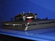 Công nghệ thông tin - Ảnh thực tế máy chơi game PlayStation 4 mới và tay cầm không dây
