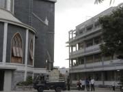 Tin tức trong ngày - Rung chuông nhà thờ rồi nhảy lầu tự tử