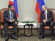"""Tổng thống Duterte gặp  """" thần tượng """"  Putin"""