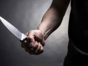 An ninh Xã hội - Bị chặn đường, ném đá, nam thanh niên đâm chết người