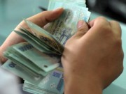 Tài chính - Bất động sản - Ngân hàng phát hành trăm triệu thẻ ATM chỉ để... thu phí rút tiền