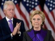 Obama hối thúc bà Clinton nhận thua đêm bầu cử