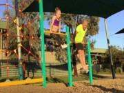 Video Clip Cười - Clip hài: Khi ông bố tập thể dục cùng con gái