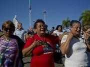 Dân Cuba nghẹn ngào từ biệt lãnh tụ Fidel Castro