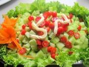 An toàn thực phẩm - Cà chua cấm kỵ tuyệt đối khi chế biến và ăn cùng dưa chuột