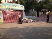 Tin tức trong ngày - HN: Sập tường cạnh trường mầm non, một người tử vong