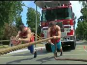Kỷ lục sức mạnh: Huynh đệ kéo băng băng xe 86 tấn