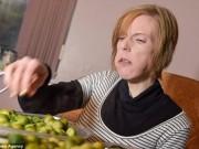 Phá kỉ lục thế giới vì ăn 3,2 kg bông cải trong 30 phút