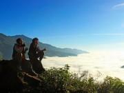 Giới trẻ nô nức đi  săn mây  ở bản Tà Xùa, Sơn La
