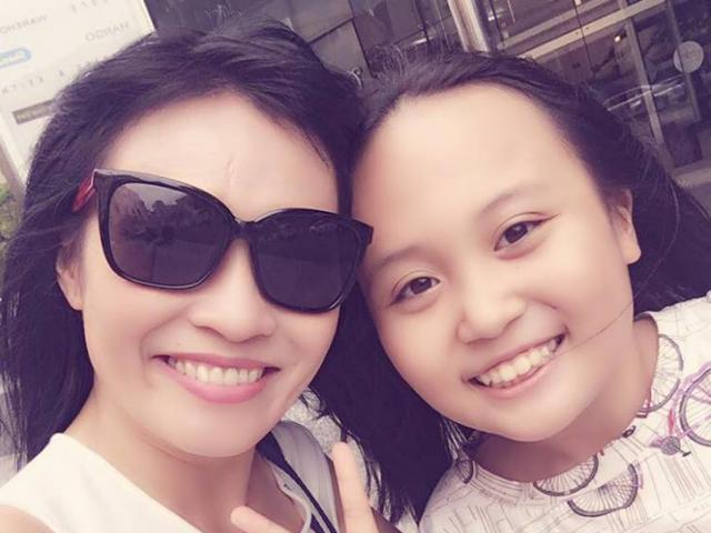 Phương Thanh bất ngờ khoe con gái sau hơn 10 năm giấu kín