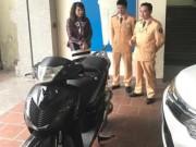 An ninh Xã hội - Bật khóc vì nhận lại xe SH sau 4 năm mất trộm