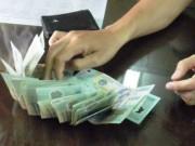 An ninh Xã hội - Đình chỉ công tác nữ phó phòng nhận hối lộ
