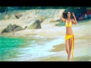 Phim - Mỹ nữ Ấn Độ diện bikini đốt cháy màn ảnh