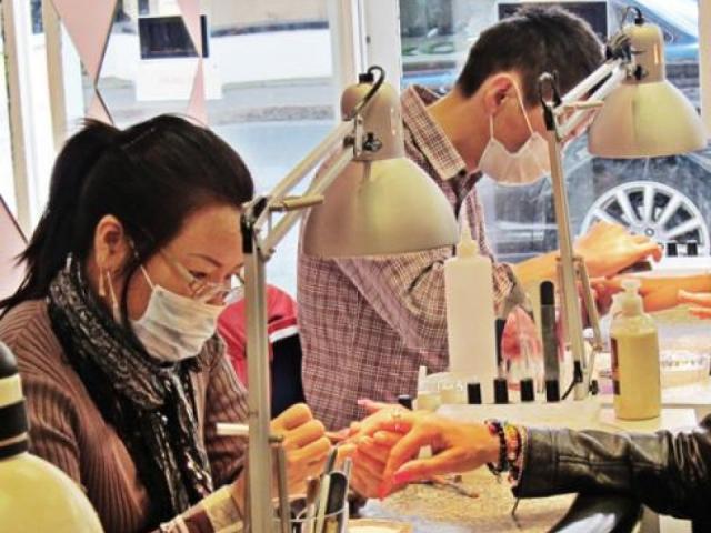 Nghề làm nail của người Việt tại nước ngoài