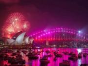 Pháo hoa rực trời tại nơi đón 2017 sớm nhất thế giới