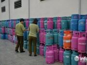 Thị trường - Tiêu dùng - Hơn 600 vỏ bình gas bán sắt vụn: Đề nghị chuyển hồ sơ khởi tố