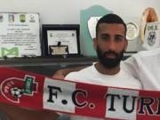Bi hài: Sao trẻ nước Ý bị treo giò vì  tè bậy  trước mặt đối thủ
