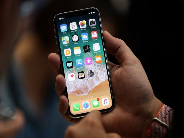 """iPhone XE theo hướng """"cameraphone"""" đẹp khác lạ - 8"""