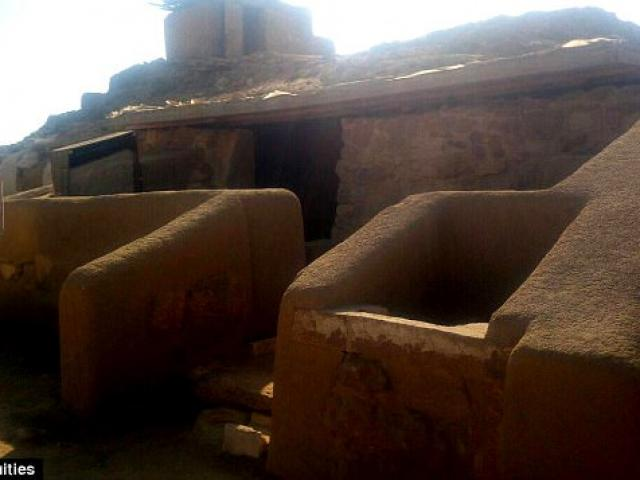 Đột nhập hầm bí mật 4.400 năm trong kim tự tháp Ai Cập - 4