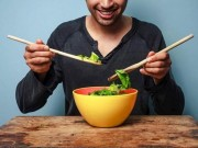 Sức khỏe đời sống - Chế độ ăn cho người mắc ung thư tuyến tiền liệt