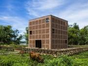 Tài chính - Bất động sản - Kiệt tác kiến trúc bên sông Thu Bồn được báo ngoại hết lời khen