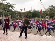 Video thầy cô cùng học sinh nhảy nhịp điệu gây sốt cộng đồng mạng