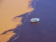 Du lịch - Bí ẩn dòng sông có hai màu nước không hòa lẫn