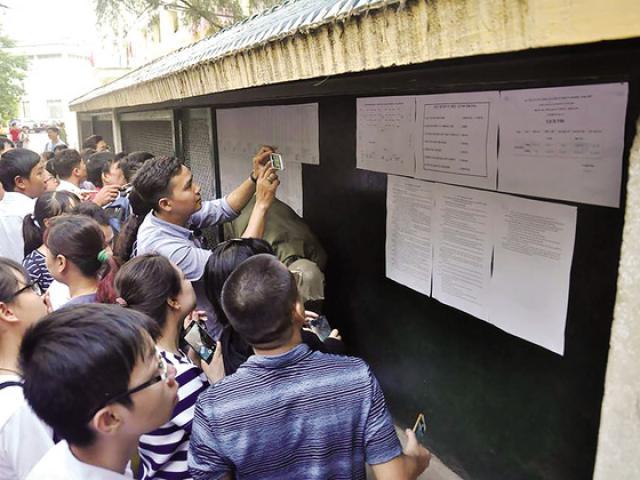 """Tuyển sinh lớp 10 tại Hà Nội: Hàng vạn """"dê vàng"""" có thể phải học dân lập, trường nghề"""