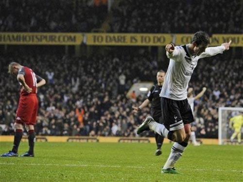 Video Tottenham - Fulham: Giấc mơ có thật - 1