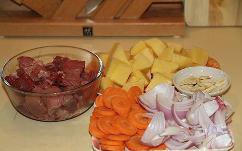 Thịt bò hầm rượu vang - 2