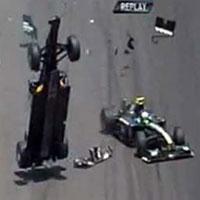 Vụ tai nạn xe ấn tượng nhất 2010