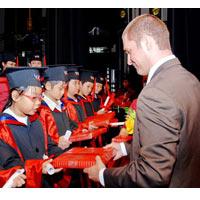 Anh Văn Hội Việt Mỹ trao chứng chỉ MOVERS cho 770 học viên thiếu nhi