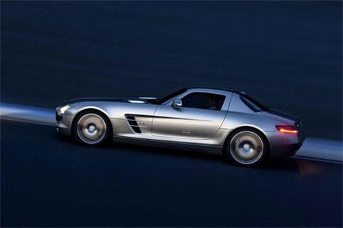 """Những siêu xe """"khủng"""" nhất về VN năm 2010 - 4"""