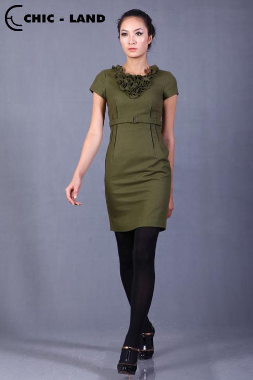 Những mẫu váy đầm lý tưởng cho mùa đông - 6