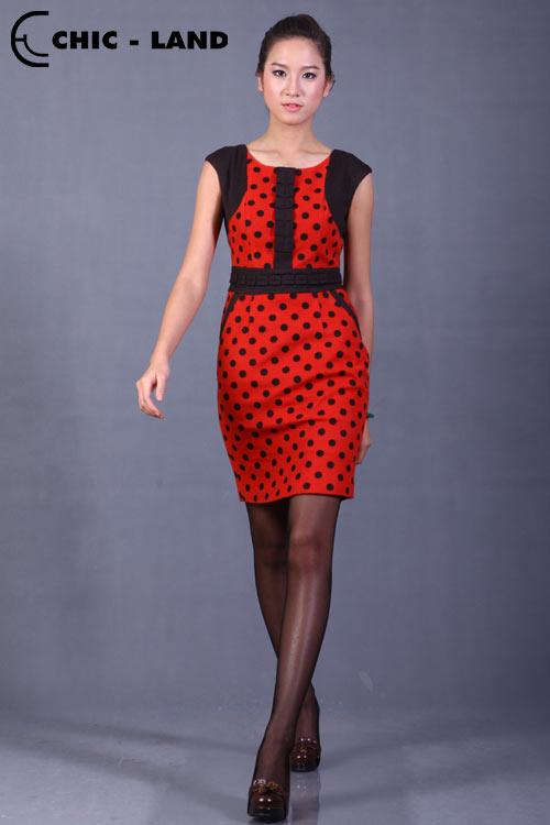 Những mẫu váy đầm lý tưởng cho mùa đông - 7