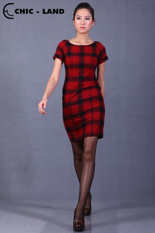 Những mẫu váy đầm lý tưởng cho mùa đông - 9